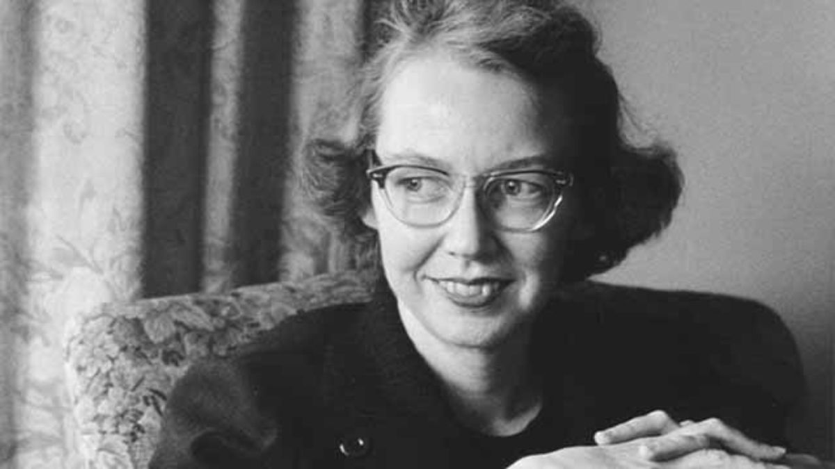 o connor s good country people manley pointer Flannery o'connor's good country people shows that people can be well educated and not be wise joy and mrs hopewell think that they have the world figured out, but when they encounter manley pointer, a simple country boy, they will finally see the world as it.