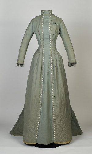 Dress worn by H. Augusta Howard at National American Woman Suffrage Association meeting, 1895, gift of the Columbus State University Archives G.2014.33.1 (featured in the exhibition)